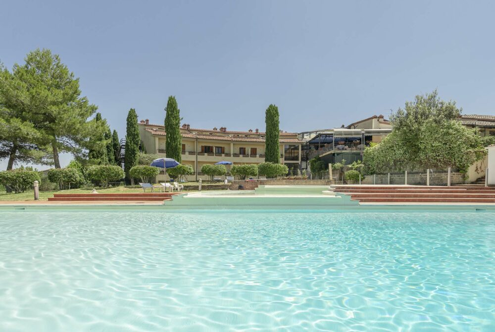 hotel palazzuolo holiday in san quirico siena tuscany 1000x670